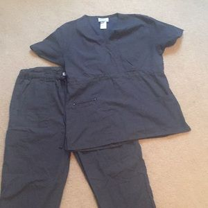 Other - Gray GEM scrubs set